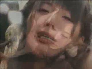 緊縛した二人の美女に大量浣腸や嘔吐しながらの激しいイラマチオ責めで肉便器として犯し続ける