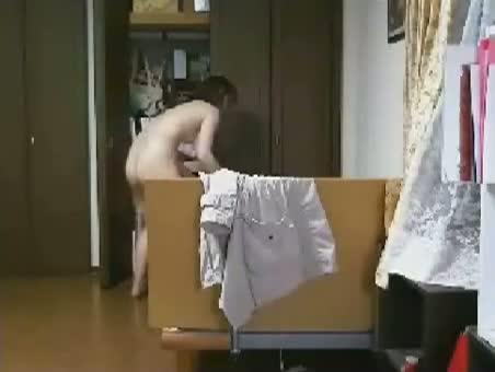 【ライブチャット】全裸になっちゃった女の子ww【素人】